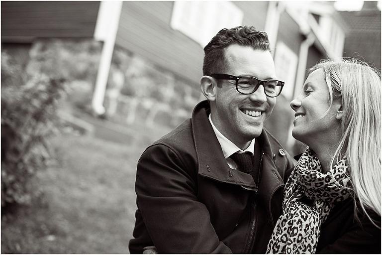 förlovnings fotografering, beloved fotograf, parbilder, kär par svart vit