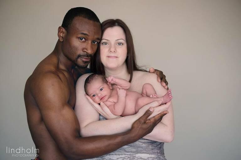nyfödd-familjefoto