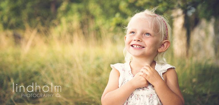 barnfotografering utomhus, barnfoto stockholm