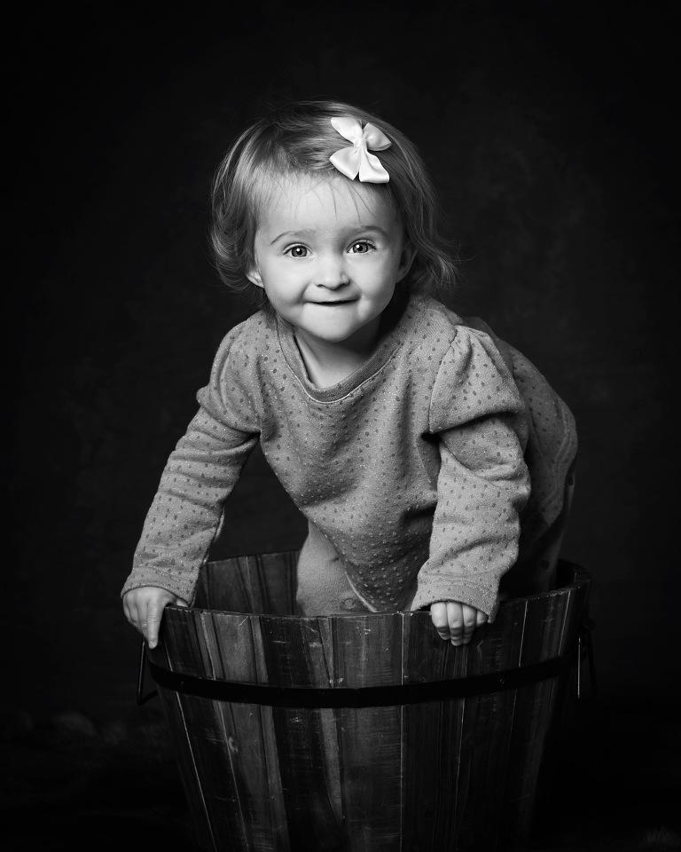 barnfotograf stockholm,. porträttfotograf stockholm. syskonfotografering, familjefotofoto stockholm, babyfoto, nyföddfotografering stockholm, tullinge, terri lindholm, lindholm photography