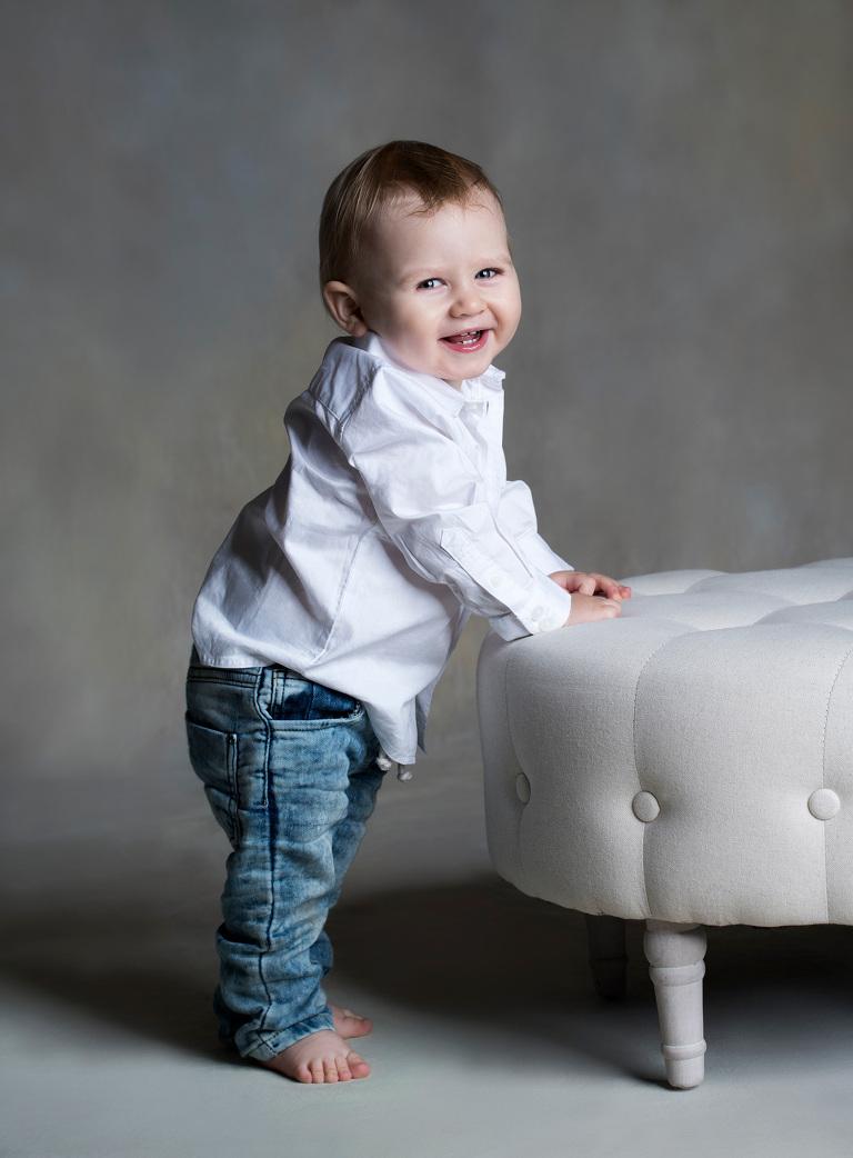 1 års foto, barnfoto, barnfotografering, studiofotograf, terri lindholm, lindholm photography