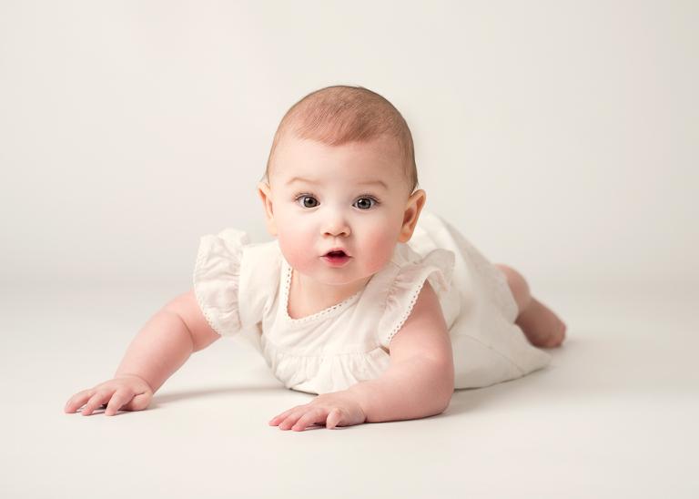 babyfoto, spädbarnsfoto, barnfotograf stockholm,. porträttfotograf stockholm. syskonfotografering, familjefotofoto stockholm, babyfoto, nyföddfotografering stockholm, tullinge, terri lindholm, lindholm photography