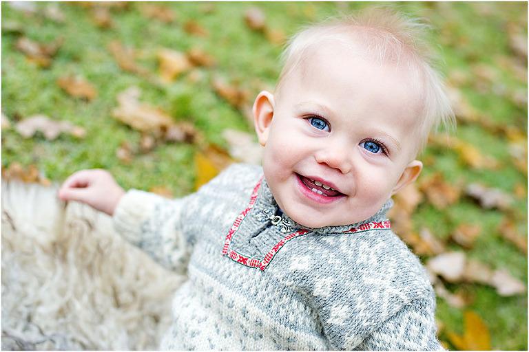 1 år barnfoto, höst tullinge barnfotografering, fotograf tullinge, barnfotograf tullinge huddinge